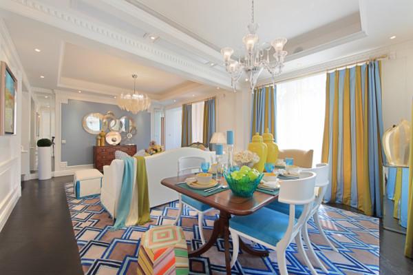 紫禁尚品软装设计餐厅:紧接着进入客餐厅,几何色块足够富有吸引力,再加上撞色,拼色搭配,令客厅变得更加抢镜,同时也实现了温馨舒适的效果。