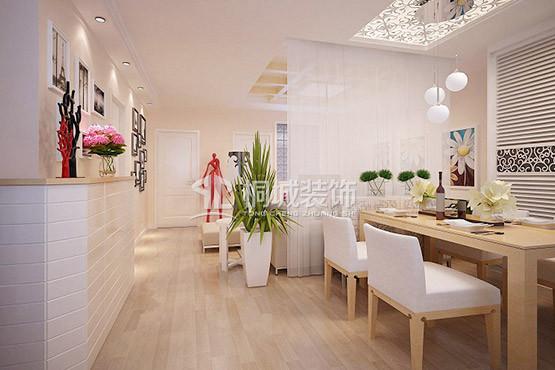 侧墙以照片墙作为整个墙面的装饰;用优质密度板外刷白色亮光油漆制成个性鞋柜,在装饰了空间的同时提高了居室的收纳性能。