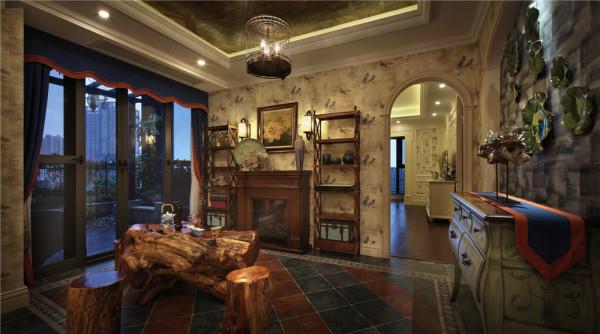 茶室,是一种传统文化的沉淀,从根雕的茶盘,和桩凳,可以看出主人在茶文化一道已经专研多年。待客休闲的公共区域一定要变现主任独特的个性