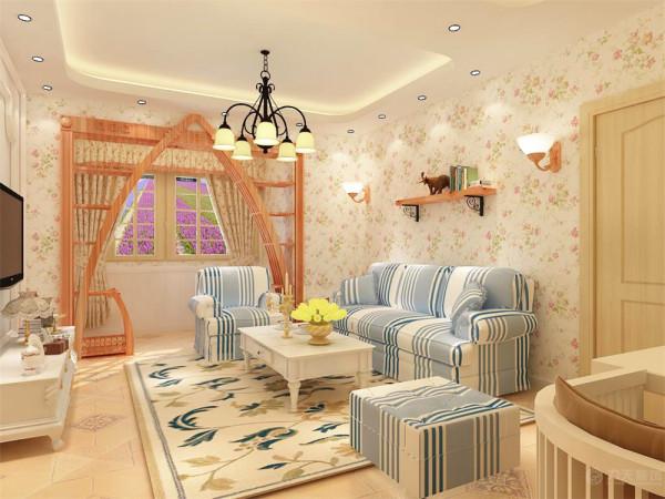 这是一个2室1厅1卫1厨的平层小户型。此案的风格是田园风格。