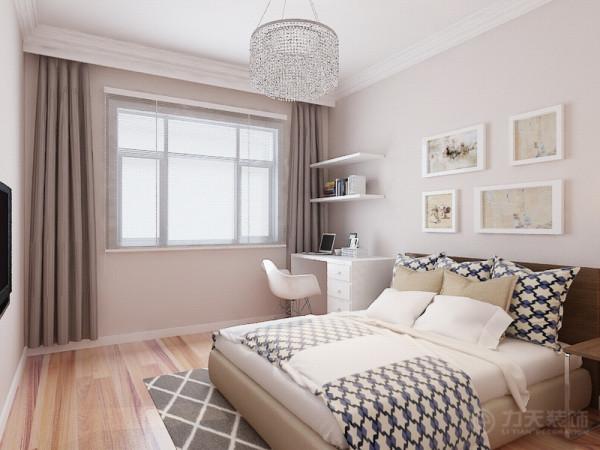 室内的特点为包豪斯风格的整体简洁,造型上使用简洁的线条与块面,包括家具与色彩的搭配也是如此。