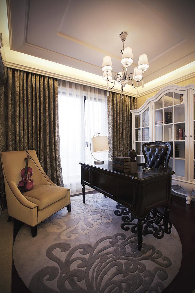 新古典 四居 家庭装修 阿拉奇设计 书房图片来自阿拉奇设计在奢华新古典家庭装修的分享