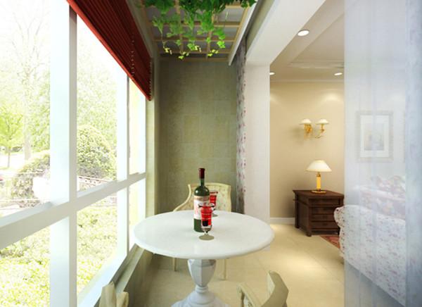 休闲区:完全通透的阳台使整体空间变得明亮阔达。 亮点:透明的落地窗通透整个客厅,酒红色的窗帘与其他空间朝相辉映,尤其是实木框格吊顶垂落的绿藤使这个休息区栩栩如生。