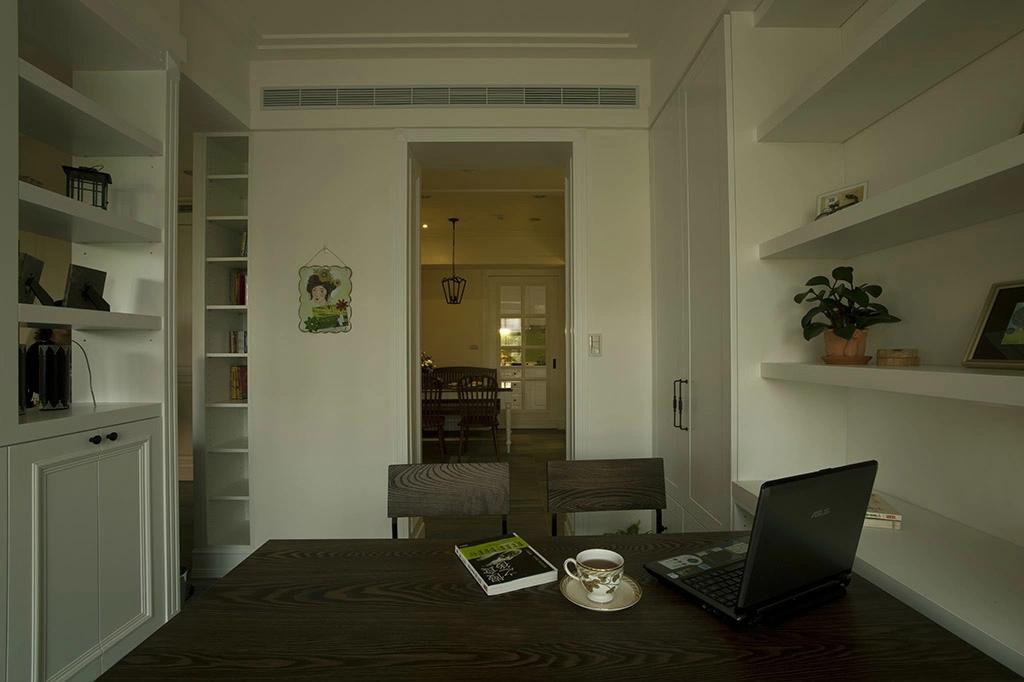 简约 欧式 混搭 80后 小资 美式 舒适 温馨 餐厅图片来自成都生活家装饰在130平舒适美式风格之家的分享