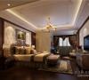 成都业之峰装饰总部精品设计师赵冀艺锦湾主卧室效果,主卧室同样也采用了欧式与新古典混搭方式进行设计。