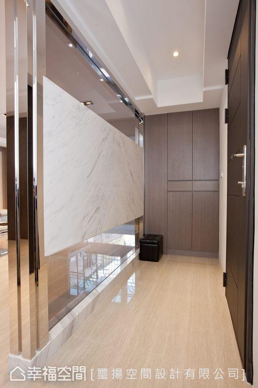 幸福空间 高端设计 台湾设计师 现代风格 玄关图片来自幸福空间在132平老屋再造合宜格局的分享