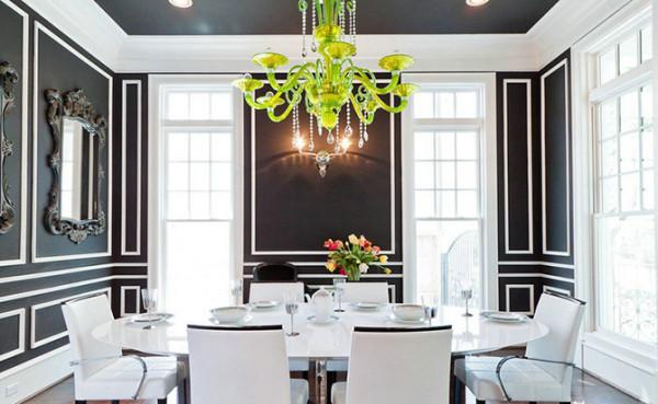 """白--白色与生俱来的纯洁性,使得它几乎是一种""""百搭""""的颜色,通过灯光和陈设,能够将你的餐厅改造成任何一种你喜欢的样式。"""