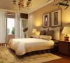 大面积的鹅黄色墙壁搭配豆绿色窗帘相互呼应,再配上绝佳的采光让卧室中的下午茶时光更加惬意美好。