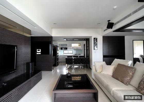 空间立体感十足,竟显高贵的气质,象征着身份。大方,简约 空间整体以黑白为主。鲜明。生动