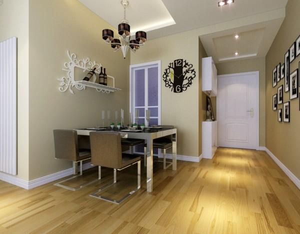 柔和的木地板,米黄色的墙漆,清新的花纹图案和吊顶上灯带的点缀,为业主营造了温馨舒适的家居环境。