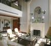"""【客厅】美式乡村风格摒弃了繁琐和奢华,并将不同风格中的优秀元素汇集融合,以舒适机能为导向,强调""""回归自然"""",使这种风格变得更加轻松、舒适。"""