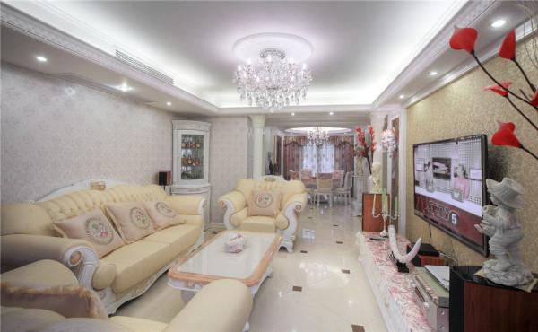 巴黎之春四居室户型装修设计实景展示——新欧式风格设计方案
