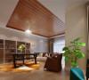 女主人的工作区域功能性设计非常强大,这个工作室尺度宽大,且附带着光线明亮的舒适休憩区,是最理想的居家工作,学习兼会友空间,室内家具精致典雅,更增添空间气质