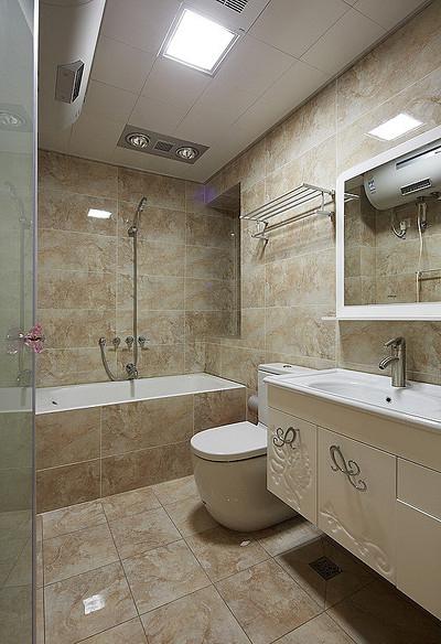 卫生间图片来自家装大管家在现代温馨 109平简约旅居生活的分享