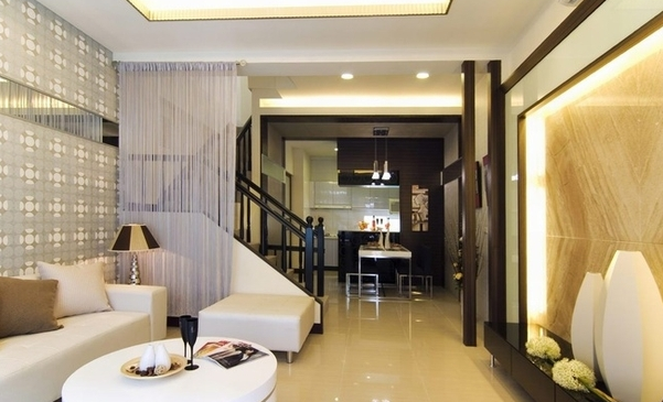 五居室 现代简约 客厅图片来自百合居装饰工程有限公司在现代简约--恒禾皇冠国际社区的分享