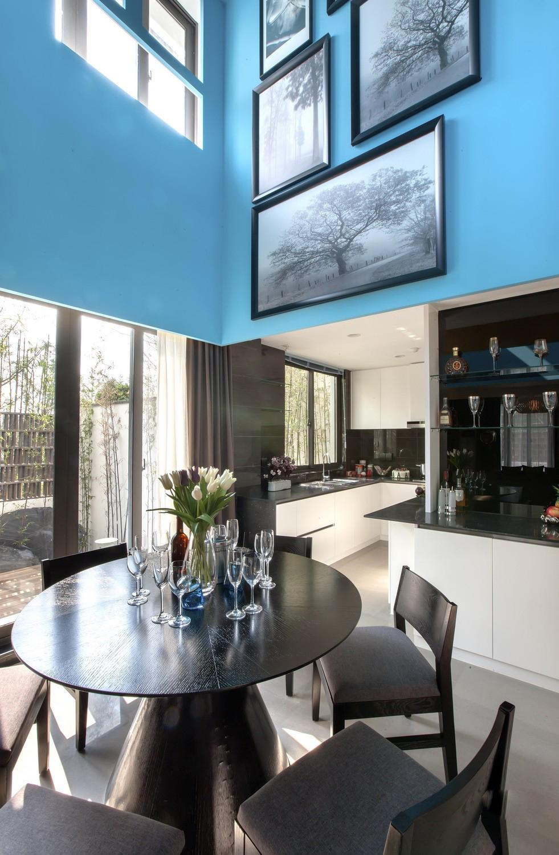 别墅 现代 智能 餐厅图片来自小若爱雨在春晚珠箔飘灯归现代化别墅的分享