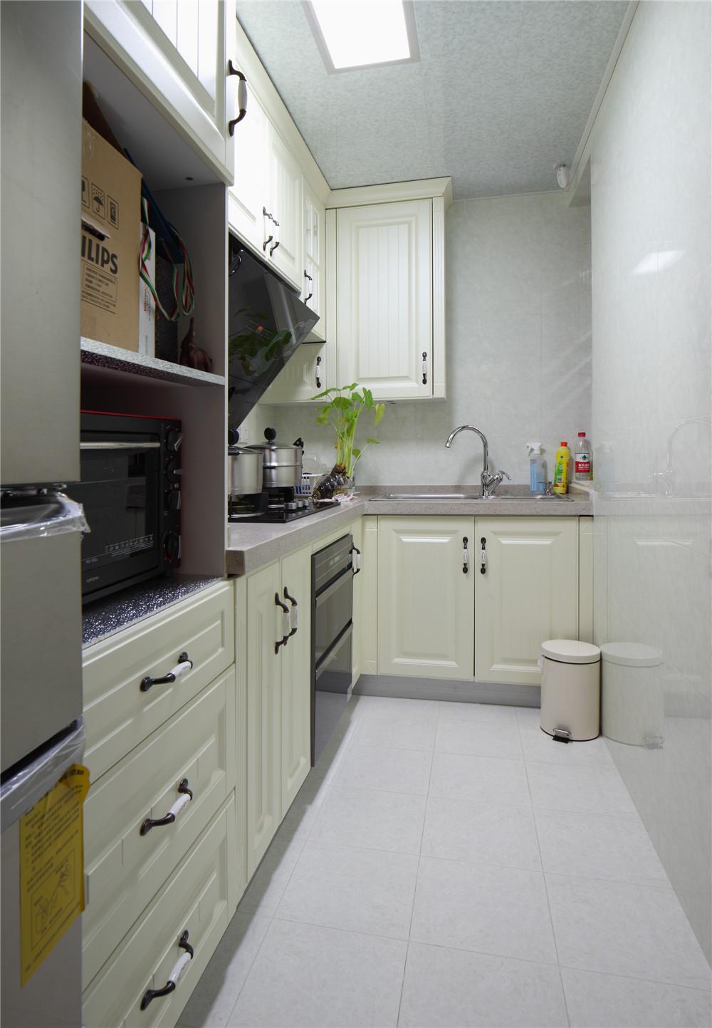 厨房图片来自jtong0002在宝宸怡景园别墅户型装修实景展示的分享
