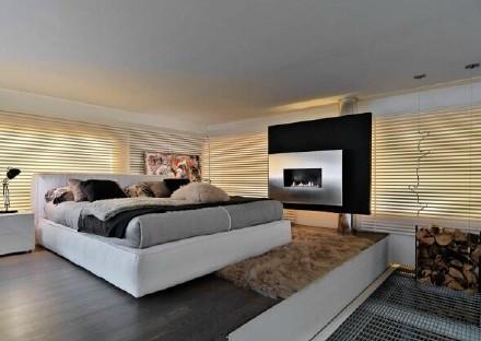 现代 美式 公寓 卧室图片来自百合居装饰工程有限公司在青年公寓--年轻人的天堂的分享