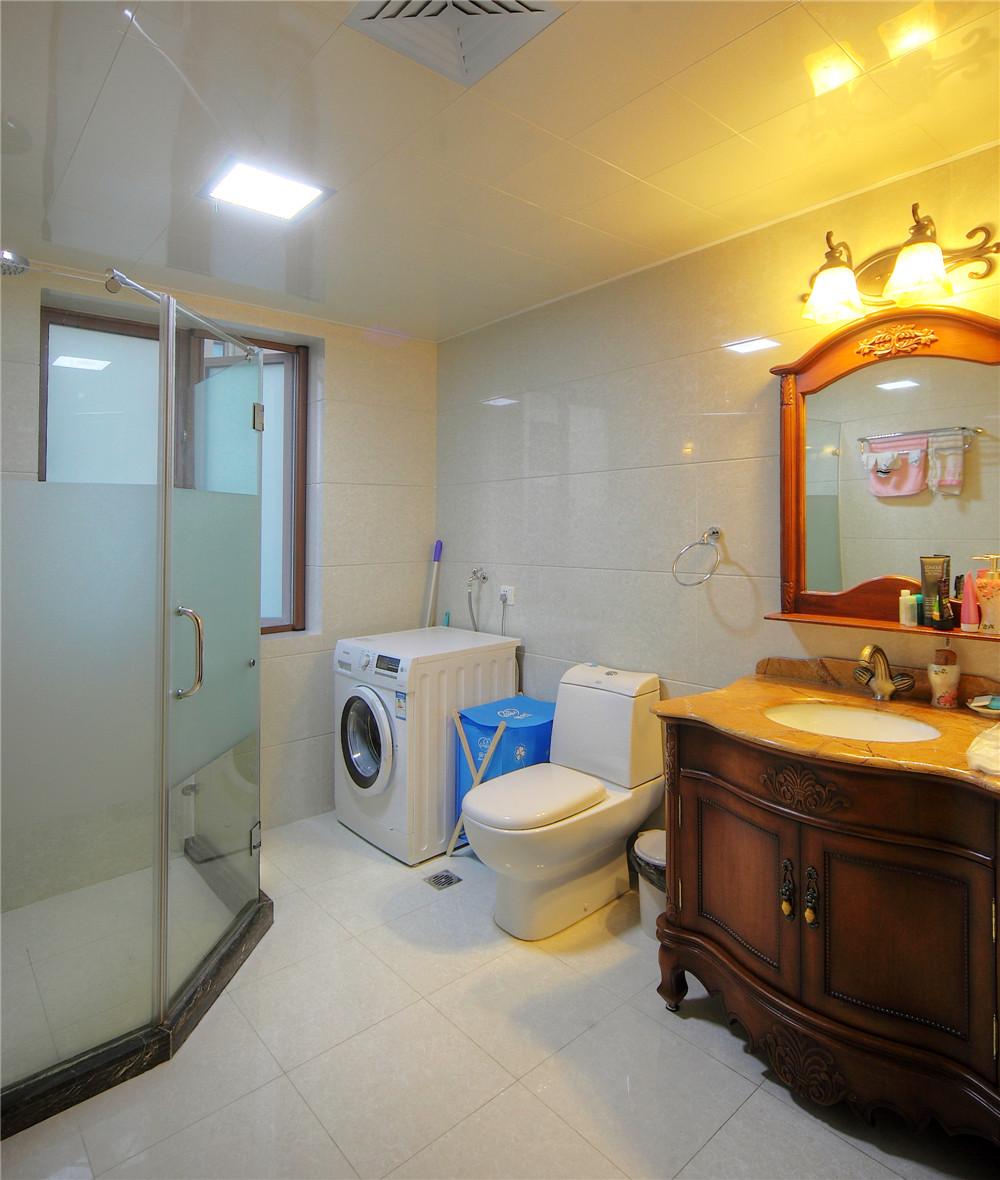 别墅 别墅装修 别墅设计 聚通装璜 欧美风格 卫生间图片来自jtong0002在上海环球翡翠湾别墅装修实景展示的分享