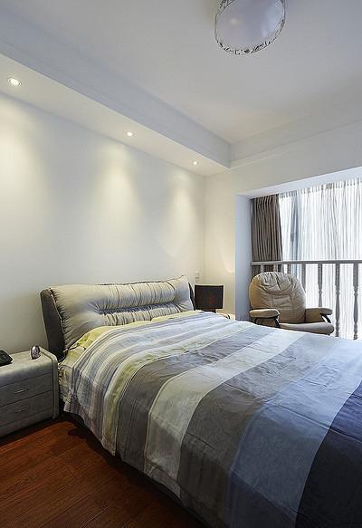 卧室图片来自家装大管家在现代温馨 109平简约旅居生活的分享