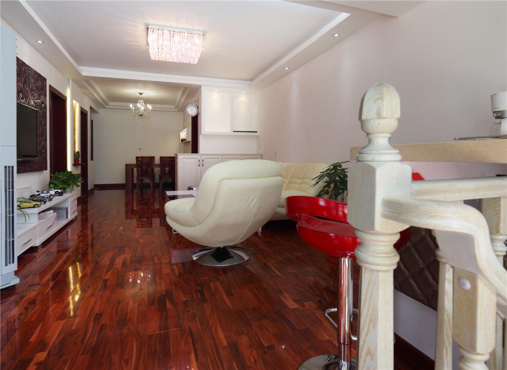 宝宸怡景园 客厅图片来自jtong0002在宝宸怡景园别墅户型装修实景展示的分享