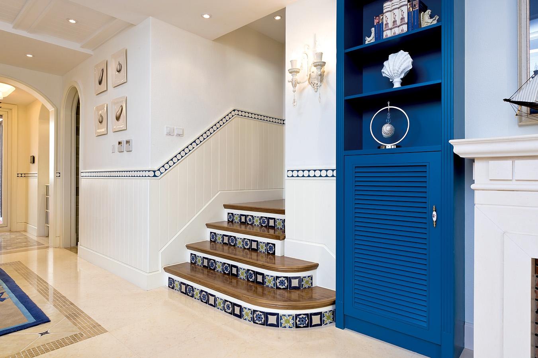 复式 地中海 卡梅尔小镇 半包 楼梯图片来自众意装饰在卡梅尔小镇的分享
