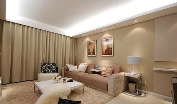 简洁和实用是现代软装计设风格的基本特点,空间以线条简洁的家具和装饰为主,重视室内空间的使用功能,在色彩上和造型上追随流行时尚,材质上使用钢化玻璃等新型村料作为辅材,能给人带来前卫、不受拘束的感觉。