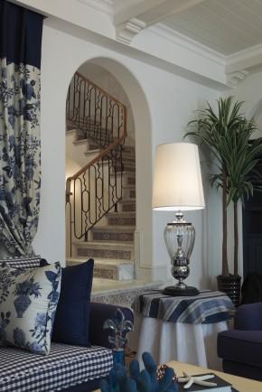 简约 欧式 田园 地中海 混搭 别墅 80后 小资 楼梯图片来自苹果装饰公司在格兰小镇别墅地中海风格的分享