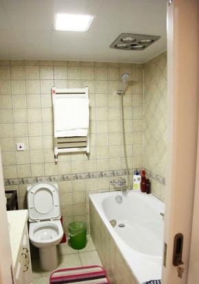 简约 美式 白领 雅致 温馨 卫生间图片来自佰辰生活装饰在89.3平三室美式温馨空间的分享