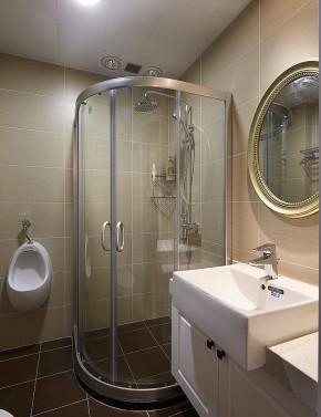 美式 三居 一家三口 温馨 清新 卫生间图片来自佰辰生活装饰在138平清新雅致美式三室两厅的分享
