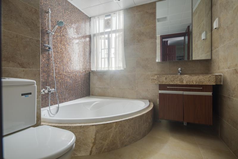 欧式 三居 温馨 浪漫 甜蜜 卫生间图片来自fy310468976在欧式风格的分享