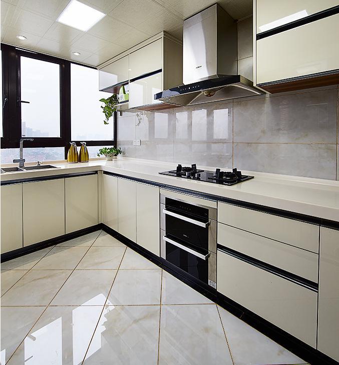 厨房图片来自佰辰生活装饰在260方轻奢风小窝的分享