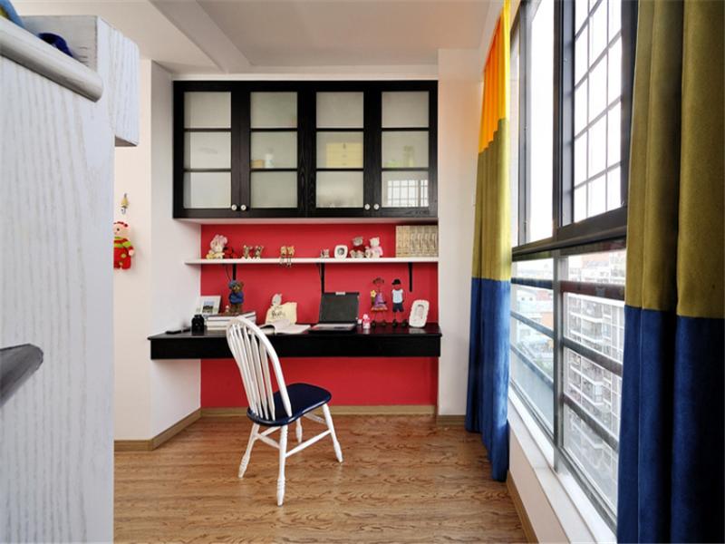 80后 小资 收纳 地中海 小清新 阳台图片来自成都生活家装饰在保利城165平米地中海风格的分享