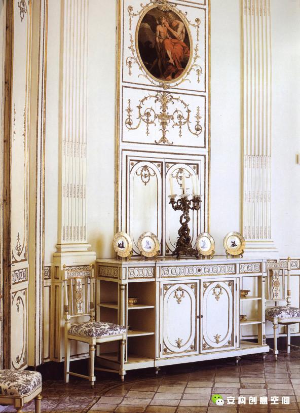 意大利风格是体现出更接近人的个性解放以及人文主义思想的朴素、明朗、和谐的新室内风格。
