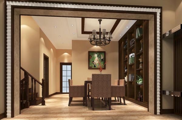南亚风格特点:客厅作为待客区域,一般要求简洁明快,同时装修较其它空间要更明快光鲜,通常使用大量的石材和木饰面装饰;业主很喜欢有历史感的东西,这不仅反映在软装摆件上对仿古艺术品的喜爱