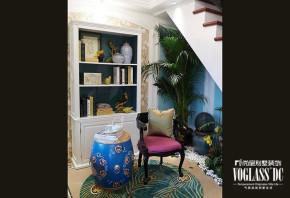 复式 简约 现代 装修设计 样板间 80后 小资 楼梯图片来自武汉尚层装饰小周在总参官园8号的分享