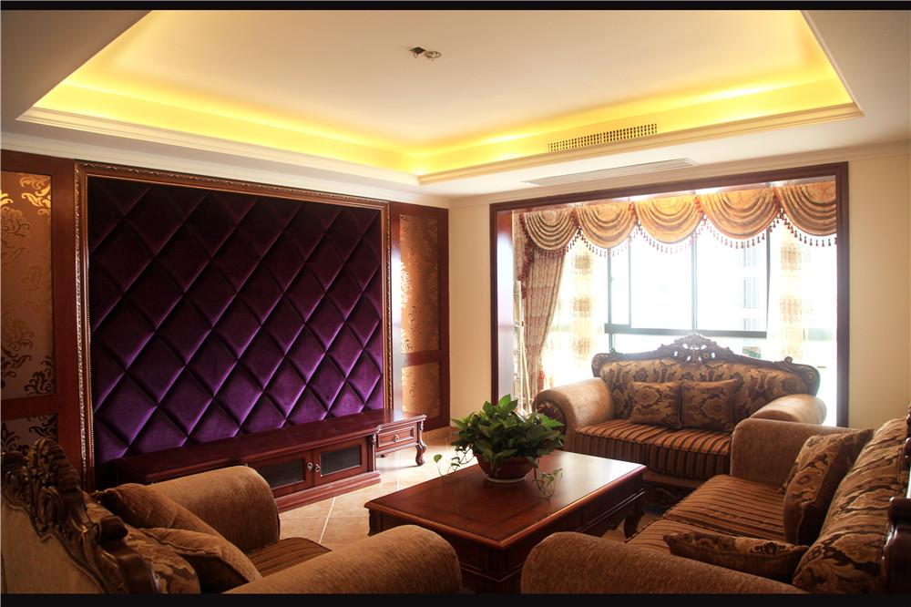 欧式 混搭 白领 80后 小资 客厅图片来自长沙金煌装饰在融科东南海四室两厅欧式风格的分享