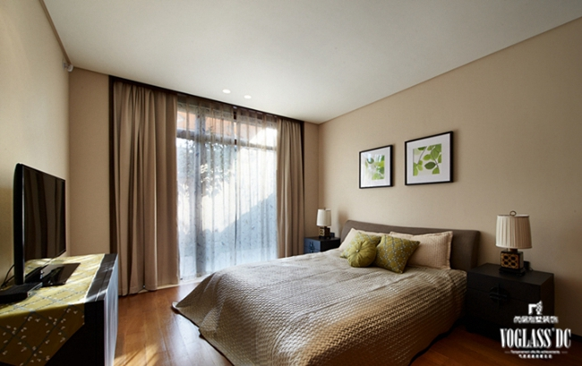 别墅 混搭 别墅装修 别墅设计 卧室图片来自武汉尚层装饰小周在万科郡西别墅的分享