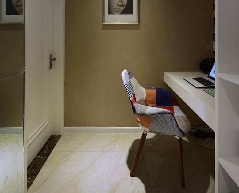 简约 三居 现代 卧室图片来自佰辰生活装饰在112方第二套窝铭刻月静好的分享
