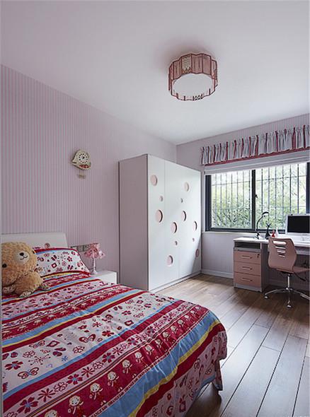 现代 三居 儿童房图片来自家装大管家在8万装100平现代三居 简约不简单的分享
