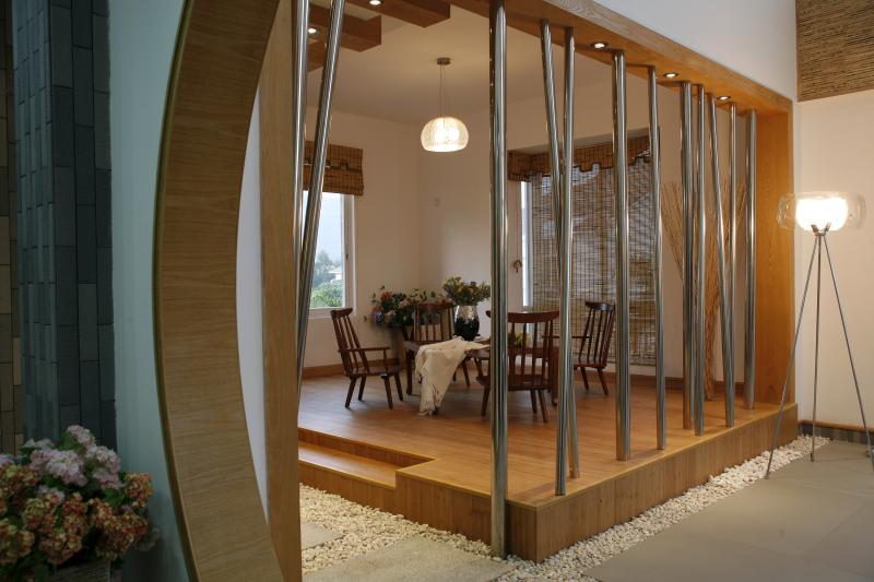 简约 欧式 三居 客厅图片来自武汉豪迪装饰公司在雷苑小区现代简约风格的分享
