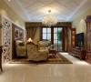 美式风格的自在随意,具有其特有的休闲感,同时结合新古典风格中的华丽高贵,丰富了居室的氛围;设计师首先进行了结构改造,修改了书房的入口并形成了门厅;将门厅背景墙及沙发背景墙加以实木做装饰