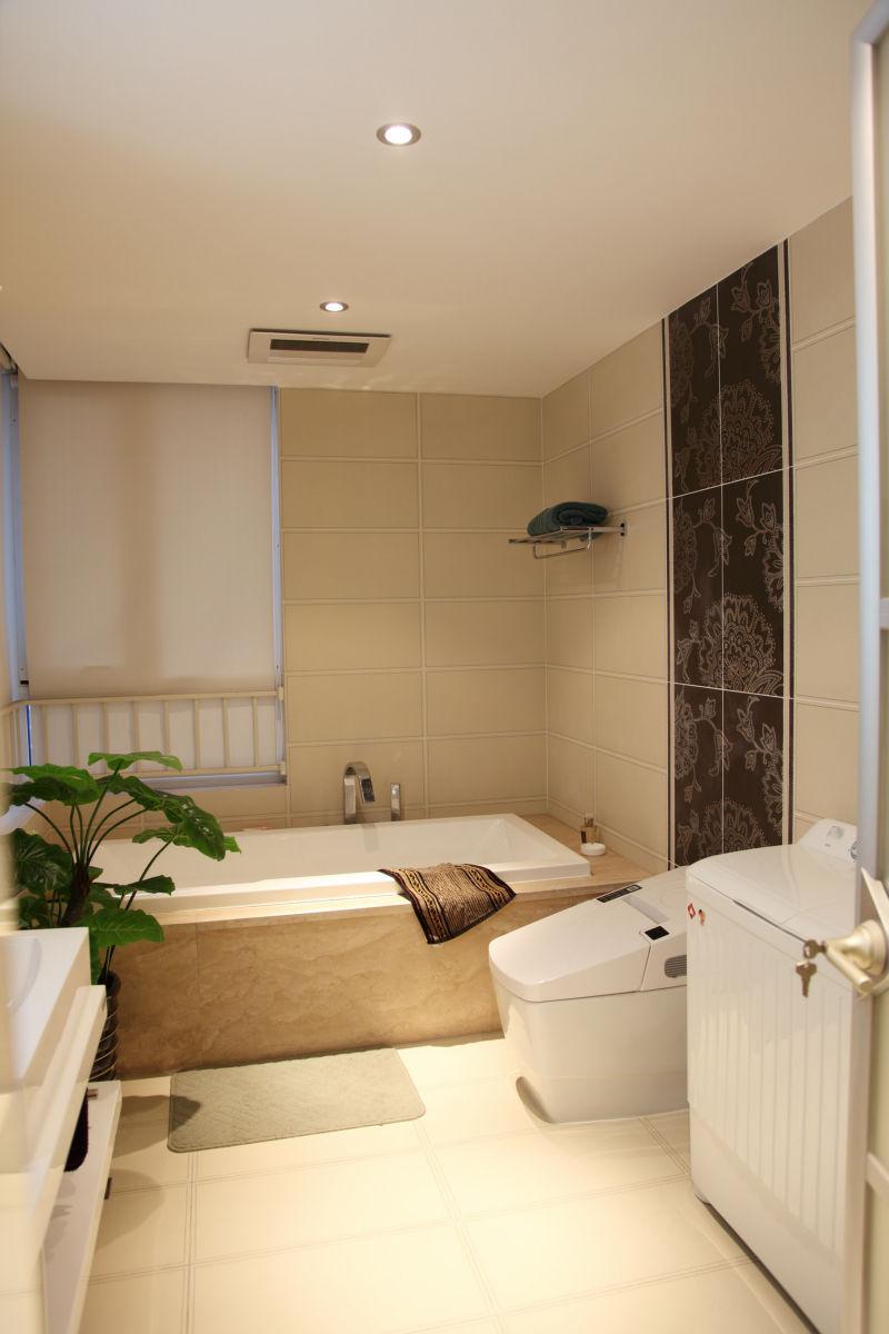 绿地圣路易 142平米 现代简约 卫生间图片来自cdxblzs在绿地圣路易 142平米 现代简约的分享