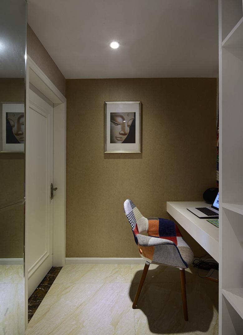 书房图片来自家装大管家在112平美式混搭屋 豪华大气显典雅的分享