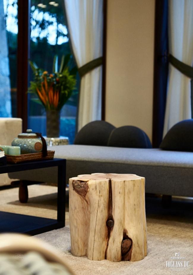 别墅 混搭 别墅装修 别墅设计 客厅图片来自武汉尚层装饰小周在万科郡西别墅的分享