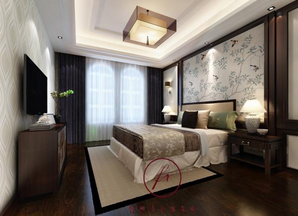 随着现在生活节奏的加快,越来越多向往返璞归真的生活。有着吉祥元素墙纸的卧室背景墙体现出优雅舒适的生活态度。
