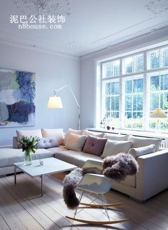 在房间里加点绿色,是不是很有自然风味,还能坐着摇椅晒太阳,温暖惬意