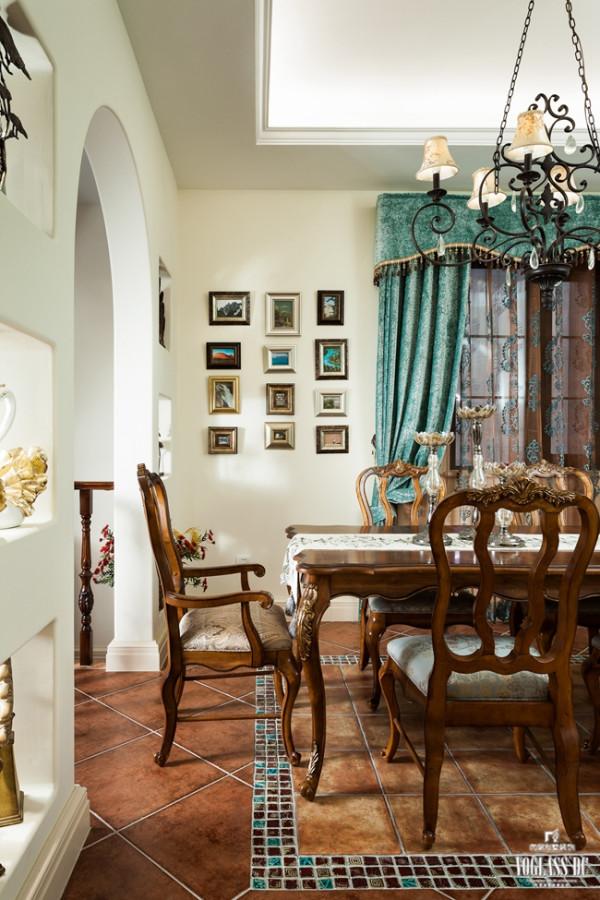 本别墅装修案例的业主为一名创业成功人士,在繁忙的工作之余,一直想寻求一方心灵的净土。