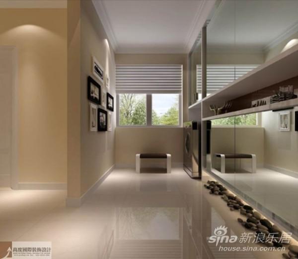 大量使用铁 制构件,将玻璃、瓷砖等新工艺,以及铁艺制品、陶艺制品等综合运用于室内。注意室内外沟 通,竭力给室内装饰艺术引入新意