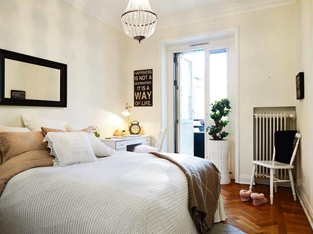 简约 白领 收纳 旧房改造 80后 小资 卧室图片来自天津都市新居装饰有限公司在红桥丽泰公寓的分享